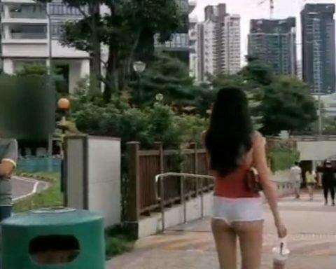 シンガポール露出狂