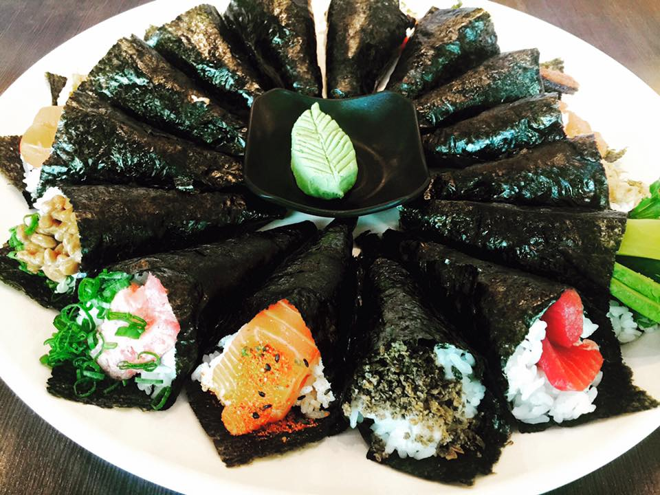 お手頃に楽しめる日本食レストラン「ひまわり」