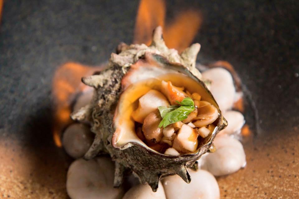 シンガポールと日本の融合 日本料理屋「魂 炉端や」