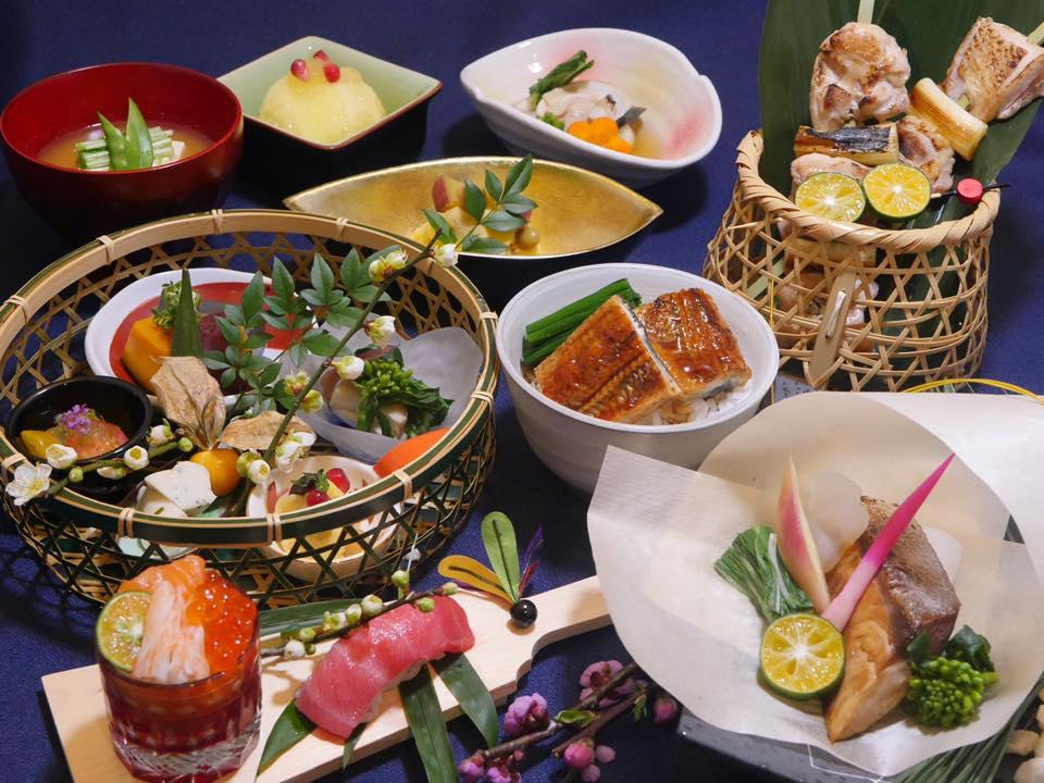 水のある景色と一緒に楽しめる日本食屋「瀧」