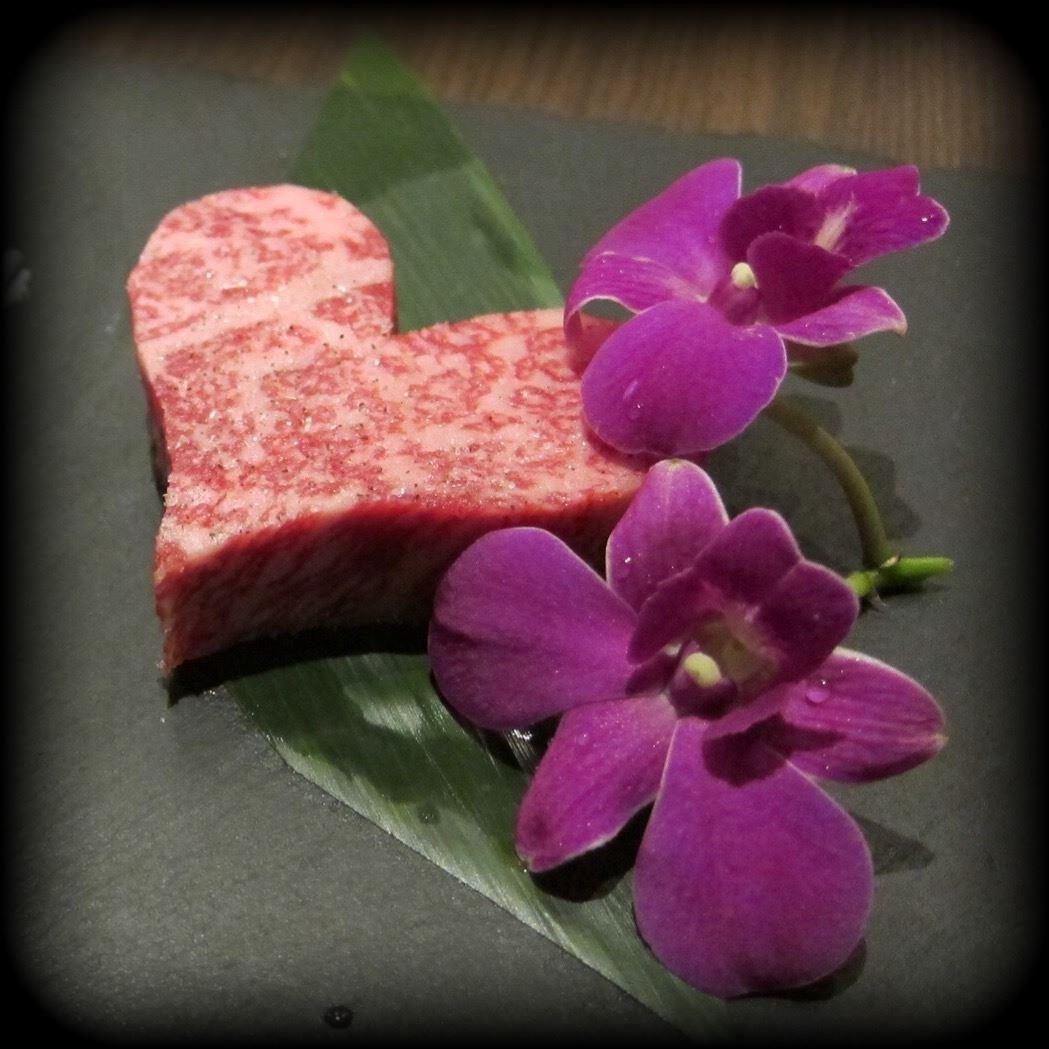 日本のこだわり焼肉をシンガポールでも味わう!「YAKINIQUEST」