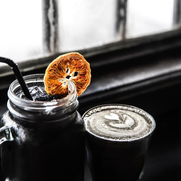 むちゃくちゃカッコいいカフェ&バー「Bourbon Street Po Boys Tea & Coffee」