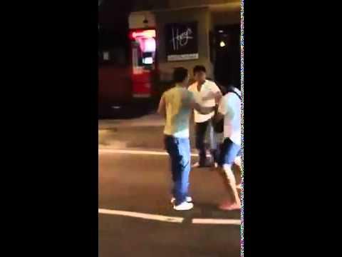【動画あり】 シンガポールDQNクラブ内で大乱闘!