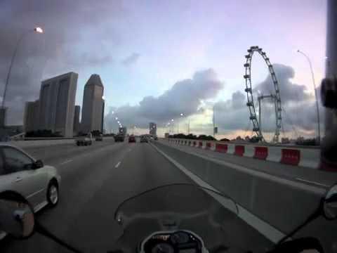 バイクでシンガポール高速道路ECP乗ってみた