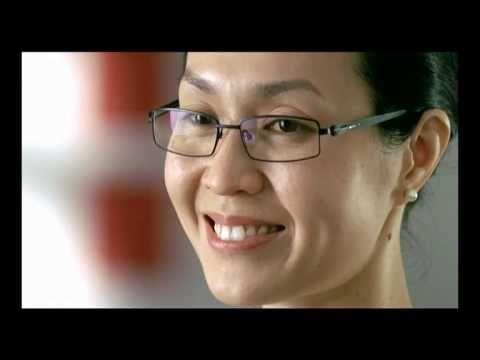 シンガポール文部(MOE)のコマーシャル感動する
