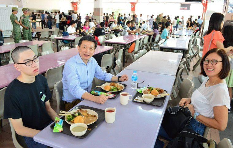 シンガポール兵役 のすべてを物語る写真ワロタ!