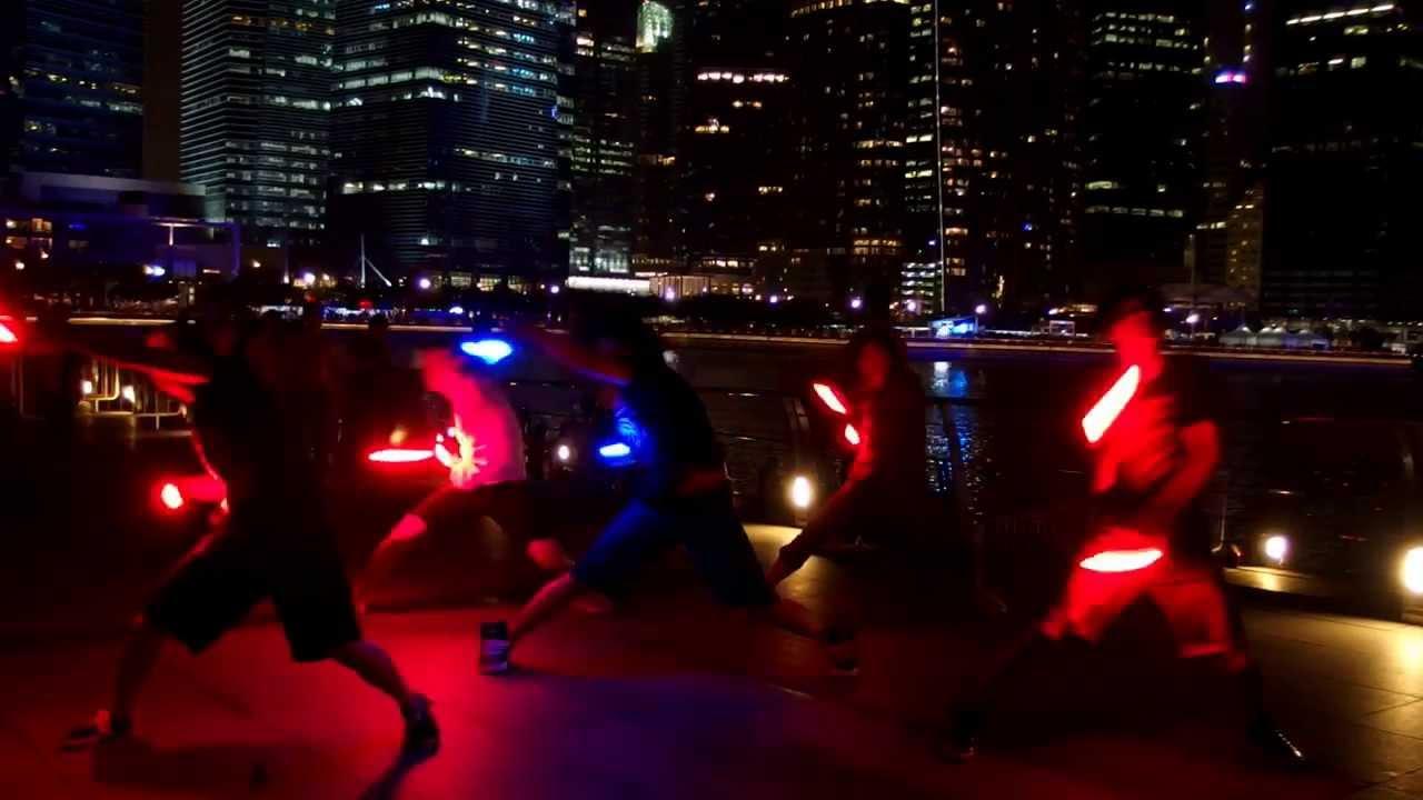シンガポールのヲタ芸グループ WOTAROID