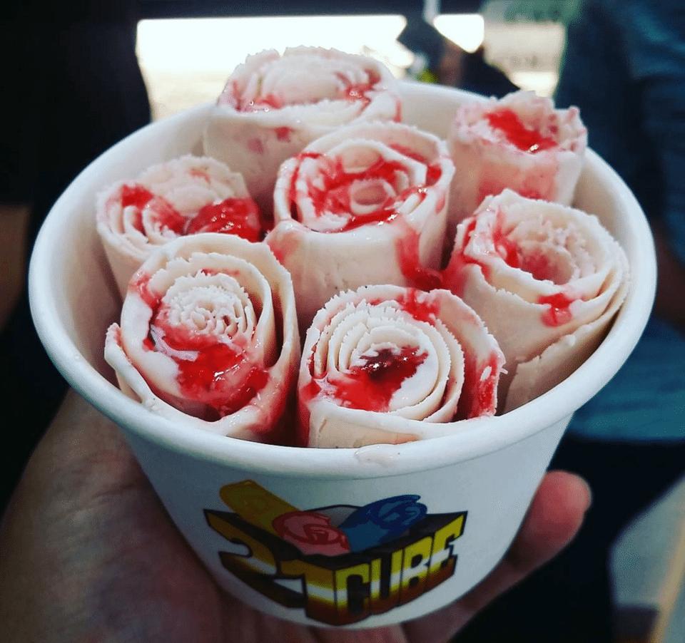 シンガポールグルメアイスクリーム屋さん、オーチャードにある21 Cube Artisan