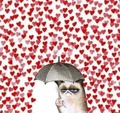 シンガポールMRT車内で傘さすカップル
