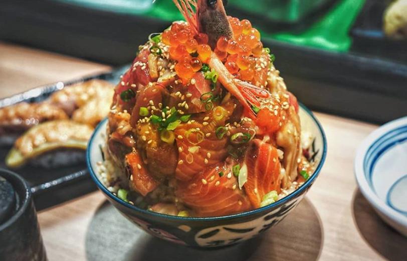 安くて早くて旨い日本の丼飯なら!Thomson PlazaのSushiro が良さげかもw