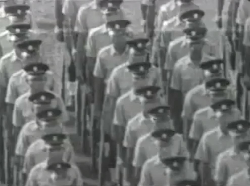 これがシンガポール初めての ナショナルデー だって! ズバリ1966年!